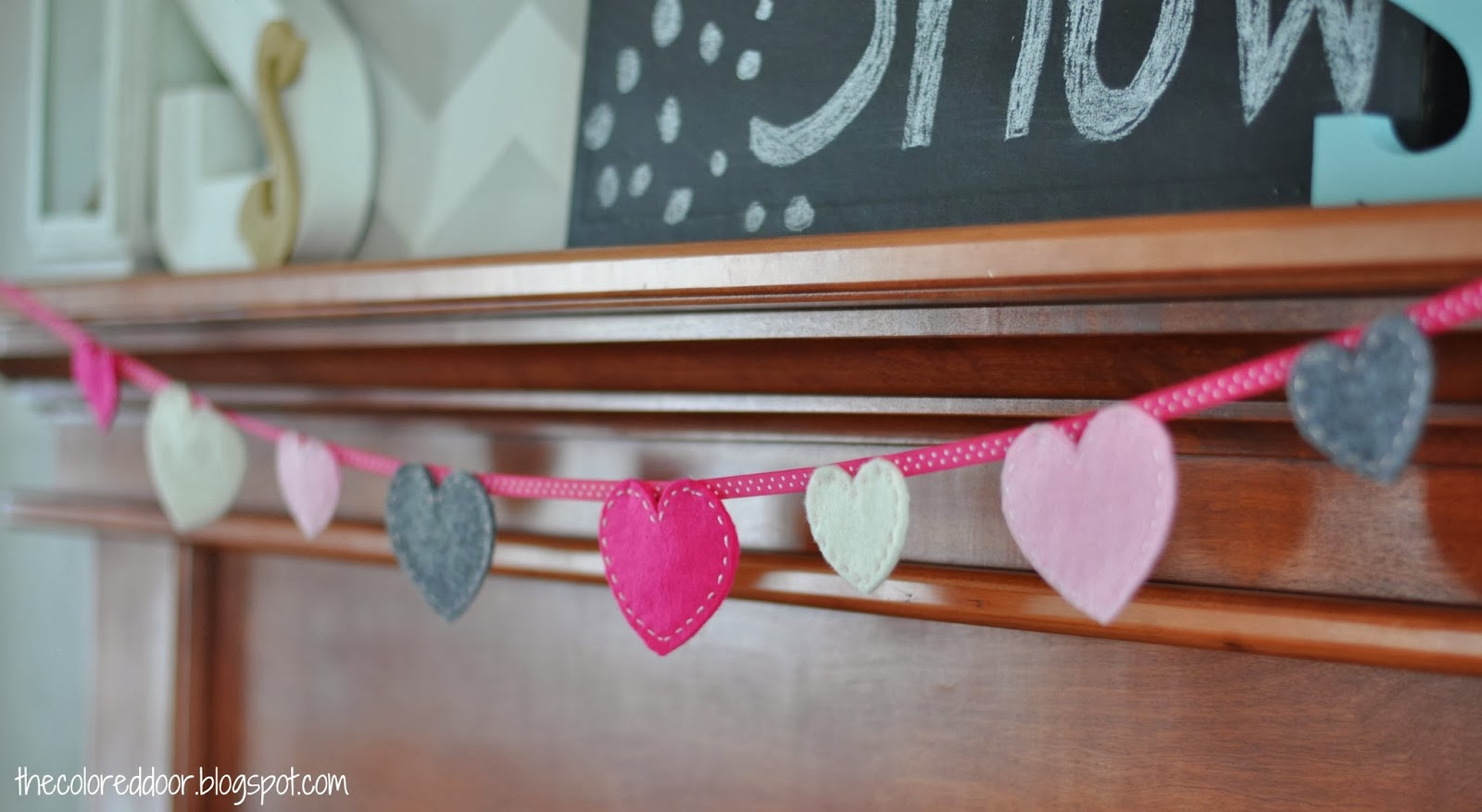 valentines garland - the colored door