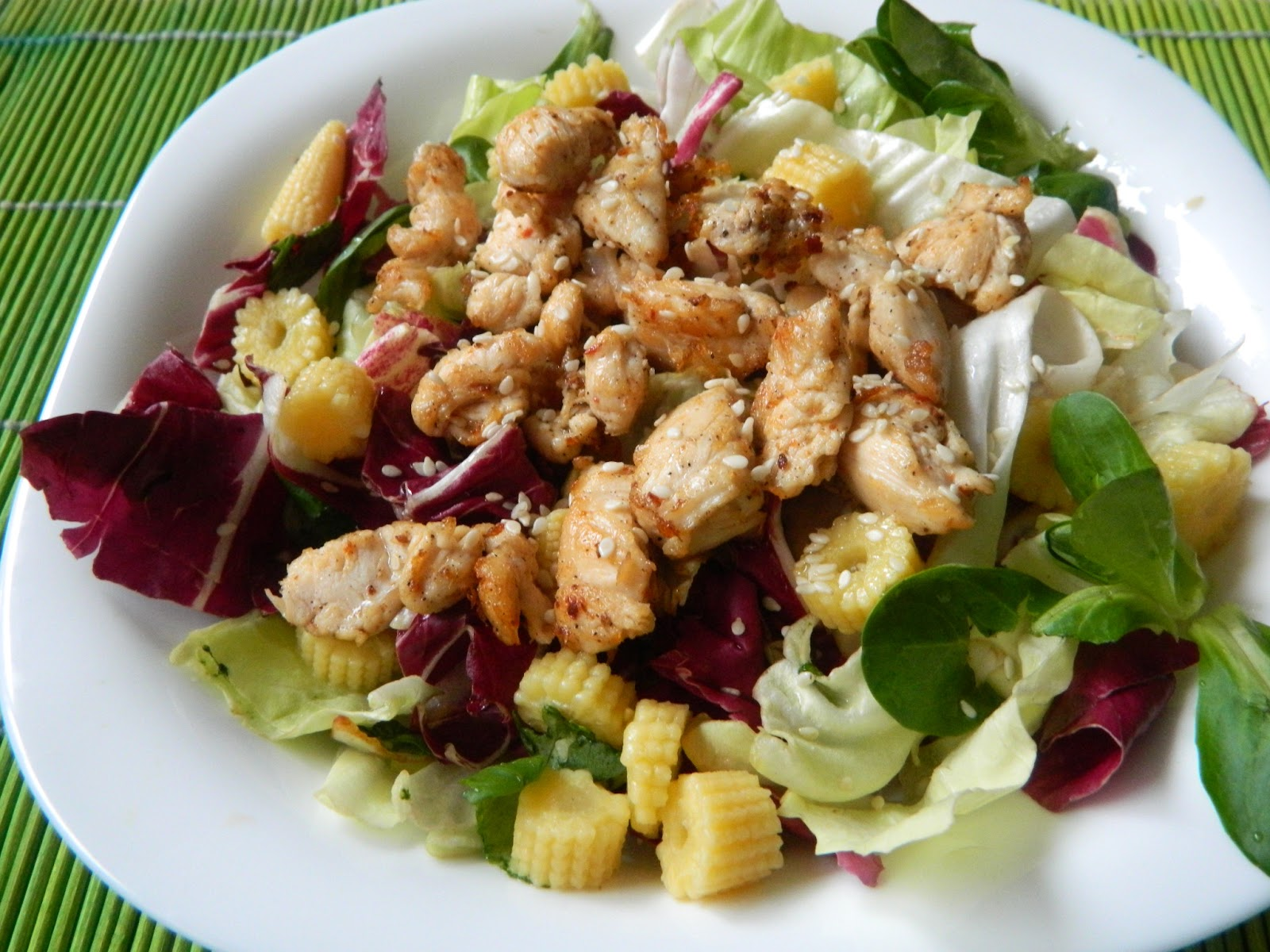 Salata cu piept de pui