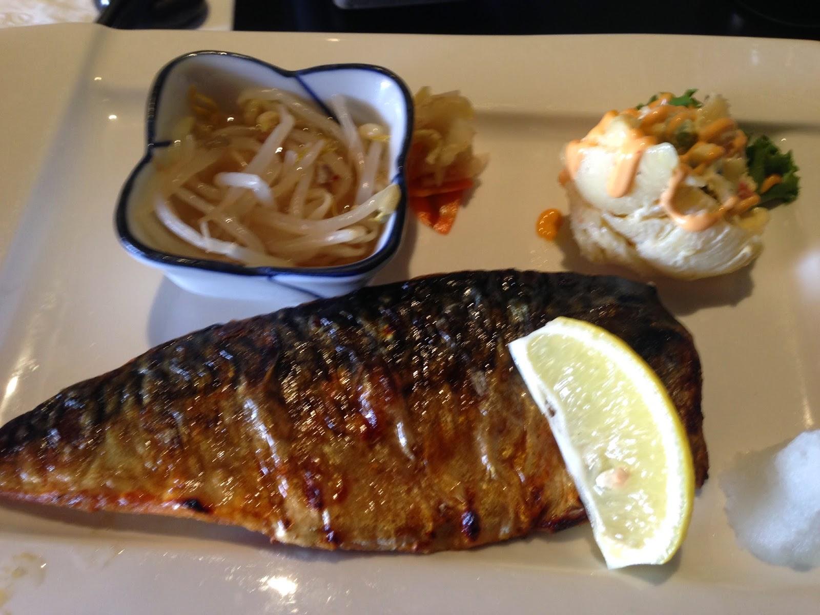 RESTAURANT REVIEW # 8-Taki Sushi, Niagara Falls   Turistang Barat