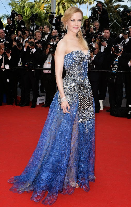 Nicole Kidman wearing an embellished Armani Privé masterpiece and Harry Winston jewels