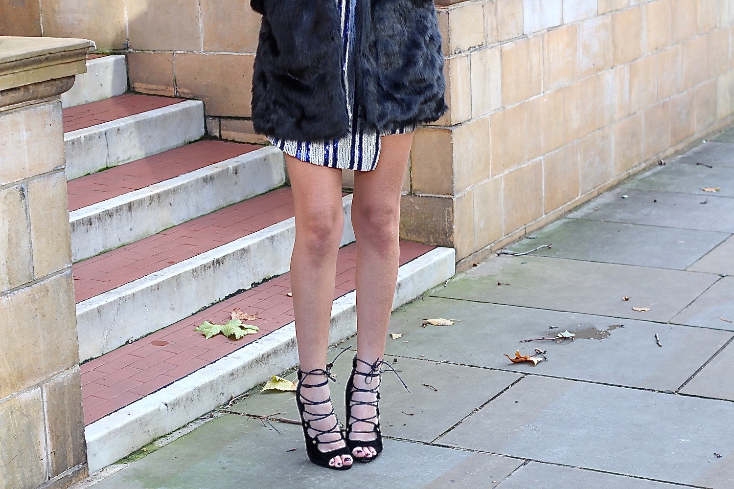 peexo fashion blogger wearing public desire lace up heels