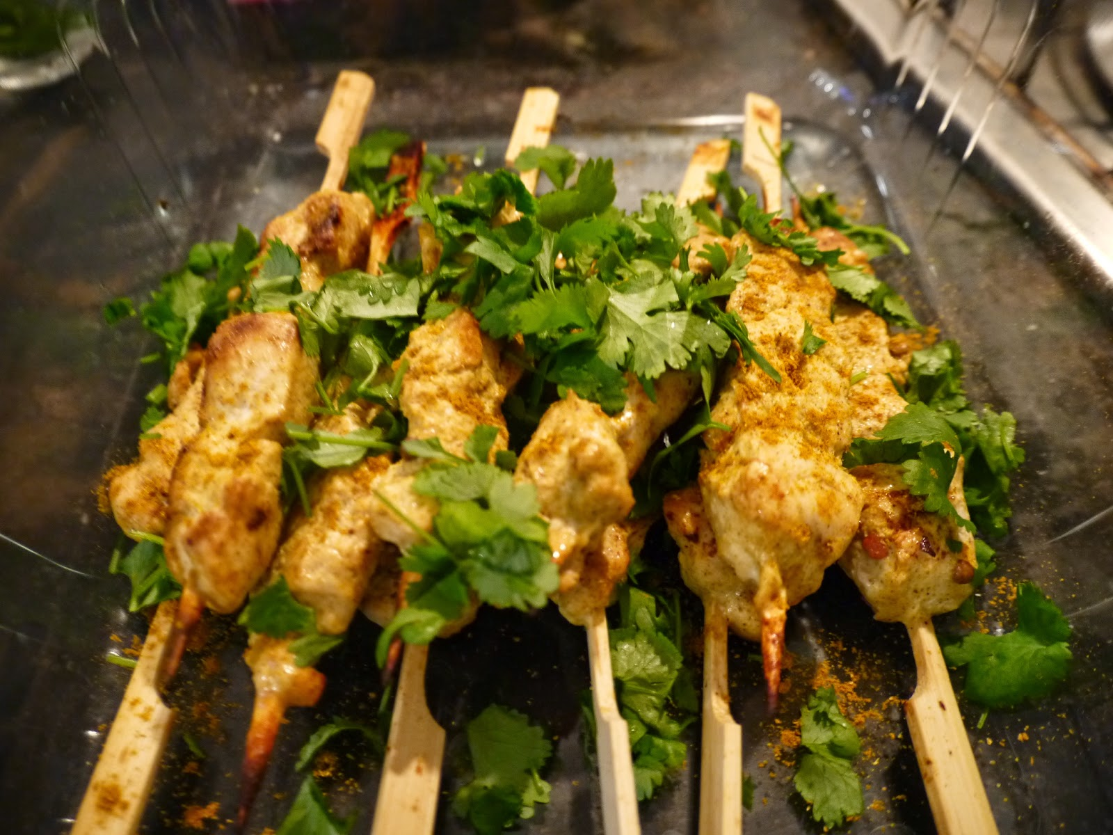 Chicken curry skewers recipe by Appetit Voyage