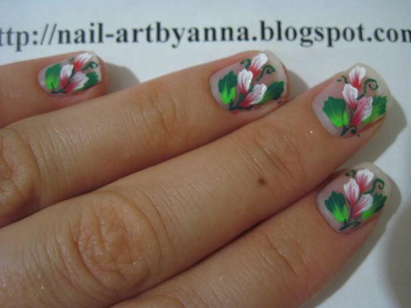 цветочки акриловыми красками на ногтях