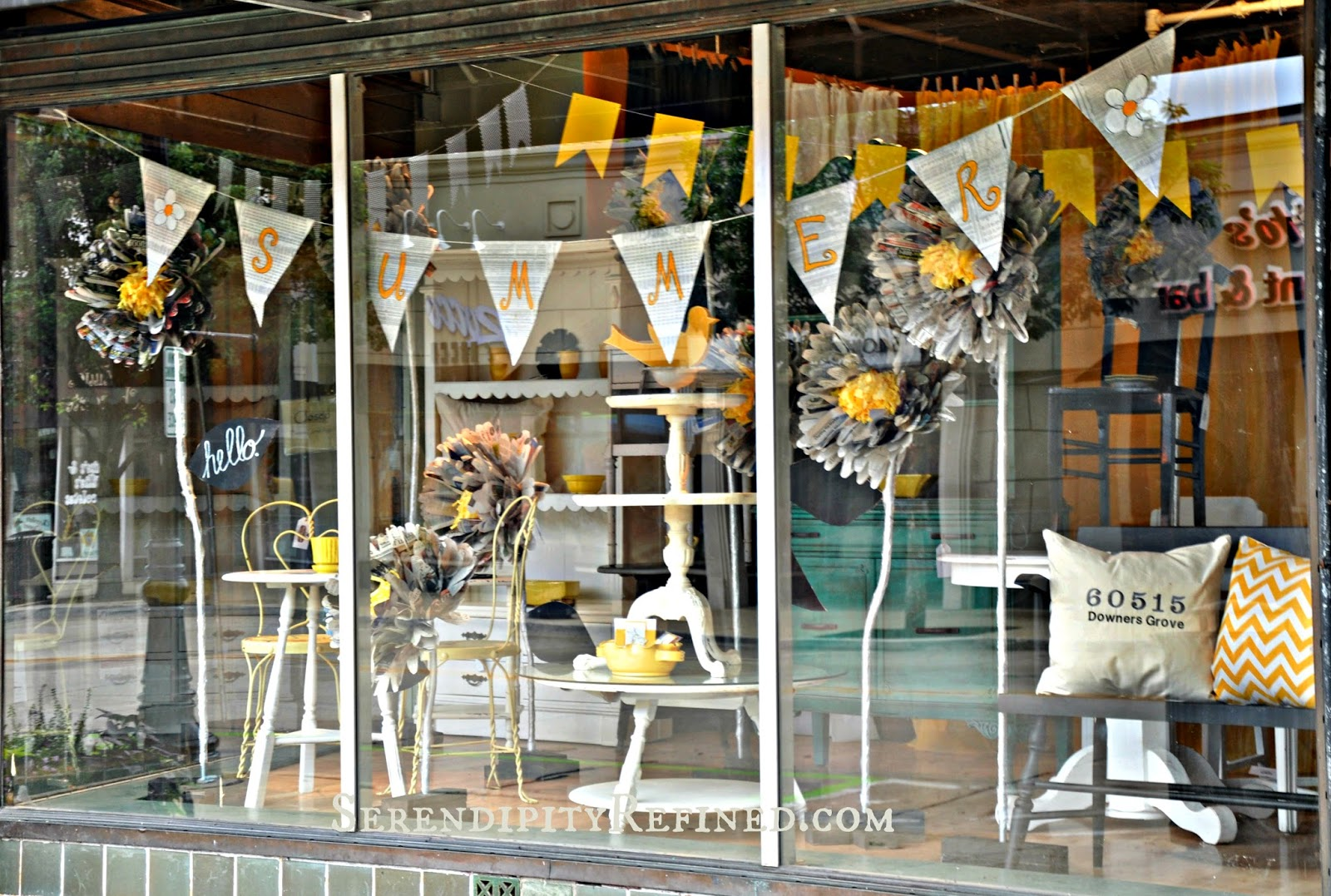Serendipity refined blog summer store window with giant for Boutique window display ideas