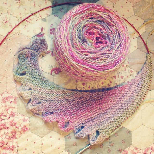 Knitting With Handspun : Littlebobbins knitting with handspun