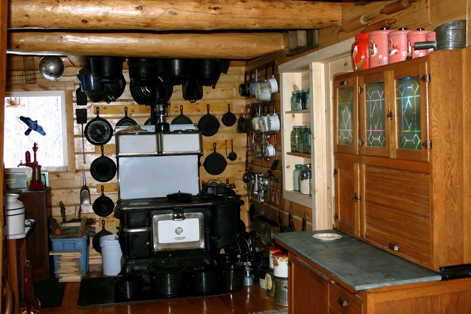 Awesome Alaska Homestead Kitchen. (This Is Neater Than Most!)
