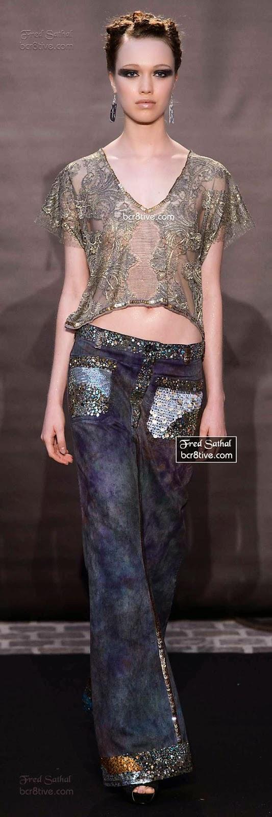 Look Denim 2015 - Calças de ganga com aplicações de tecido brilhante