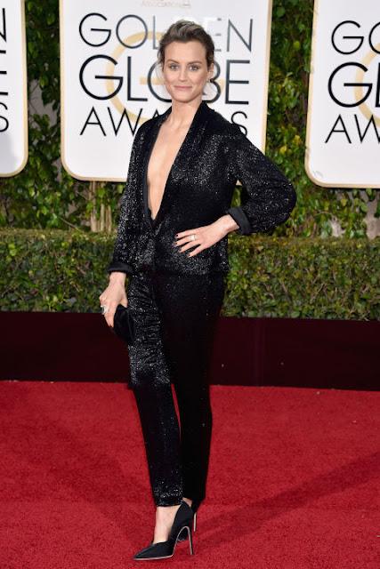 Taylor Shilling Takoon Golden Globes 2016