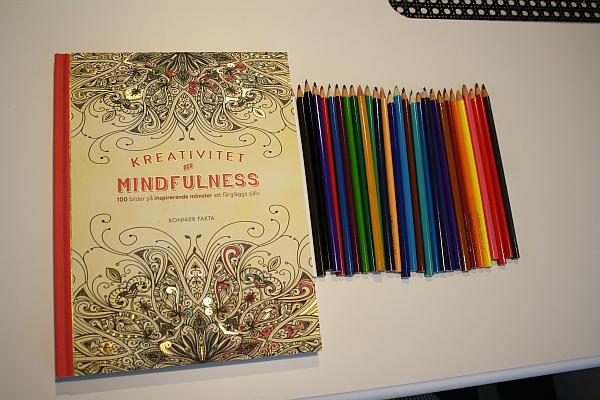 bra färgpennor till målarbok