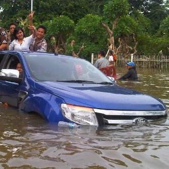 ford ranger banjir