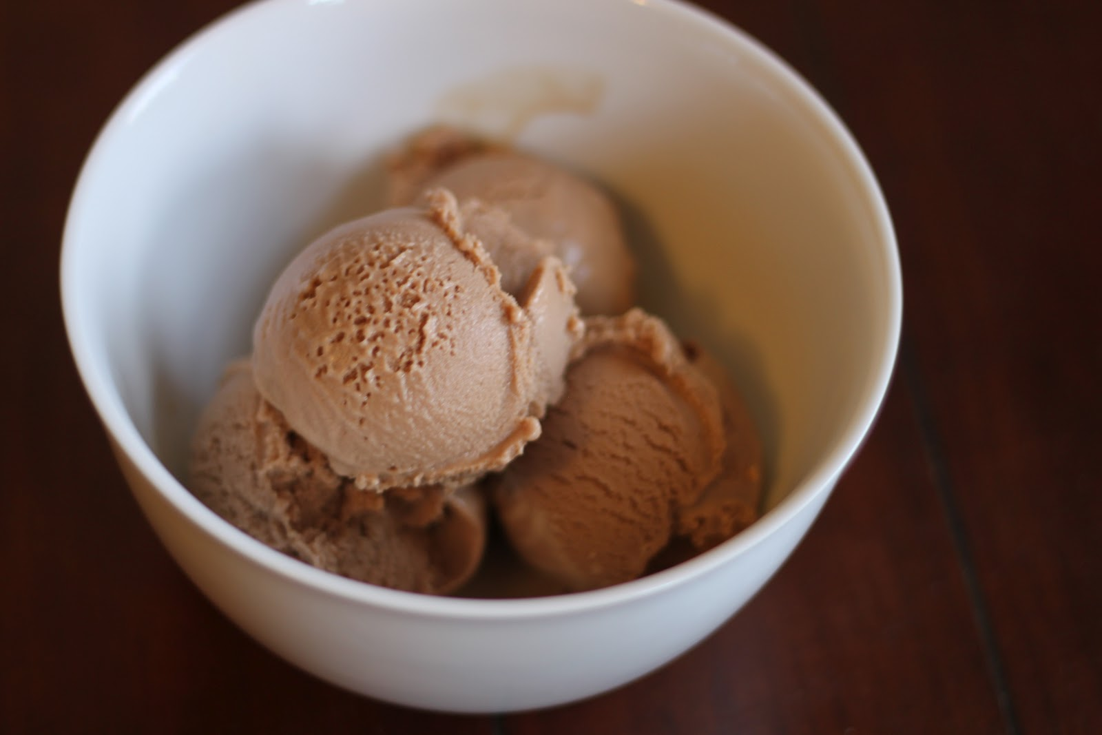 THE CRACKED KETTLE: david lebovitz's guinness milk chocolate ice cream