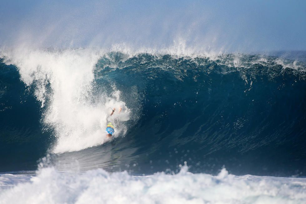 79 Bede Durbidge 2015 Billabong Pipe Masters Foto WSL Laurent Masurel