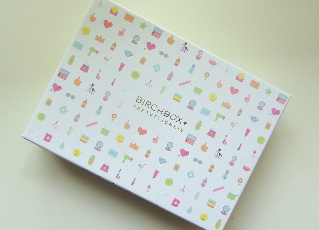 This is a picture of the August 2015 Birchbox