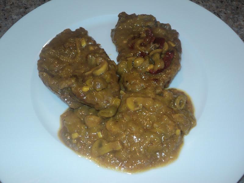 Cocinar para los mios filetes de ternera con aceitunas for Cocinar filetes de ternera