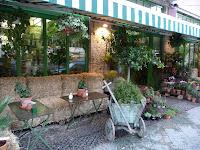 blumencafe-manger-au-milieu-fleurs