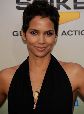 Halle Berry Gold Pendant