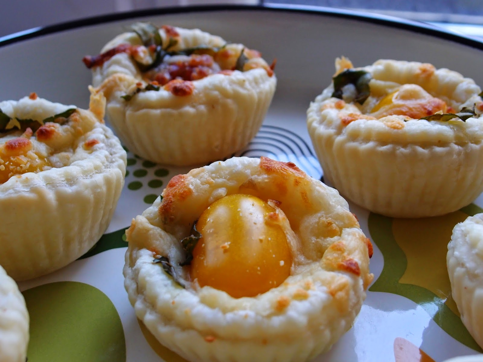 The veghog tomato and herb tartelettes for Canape cup fillings