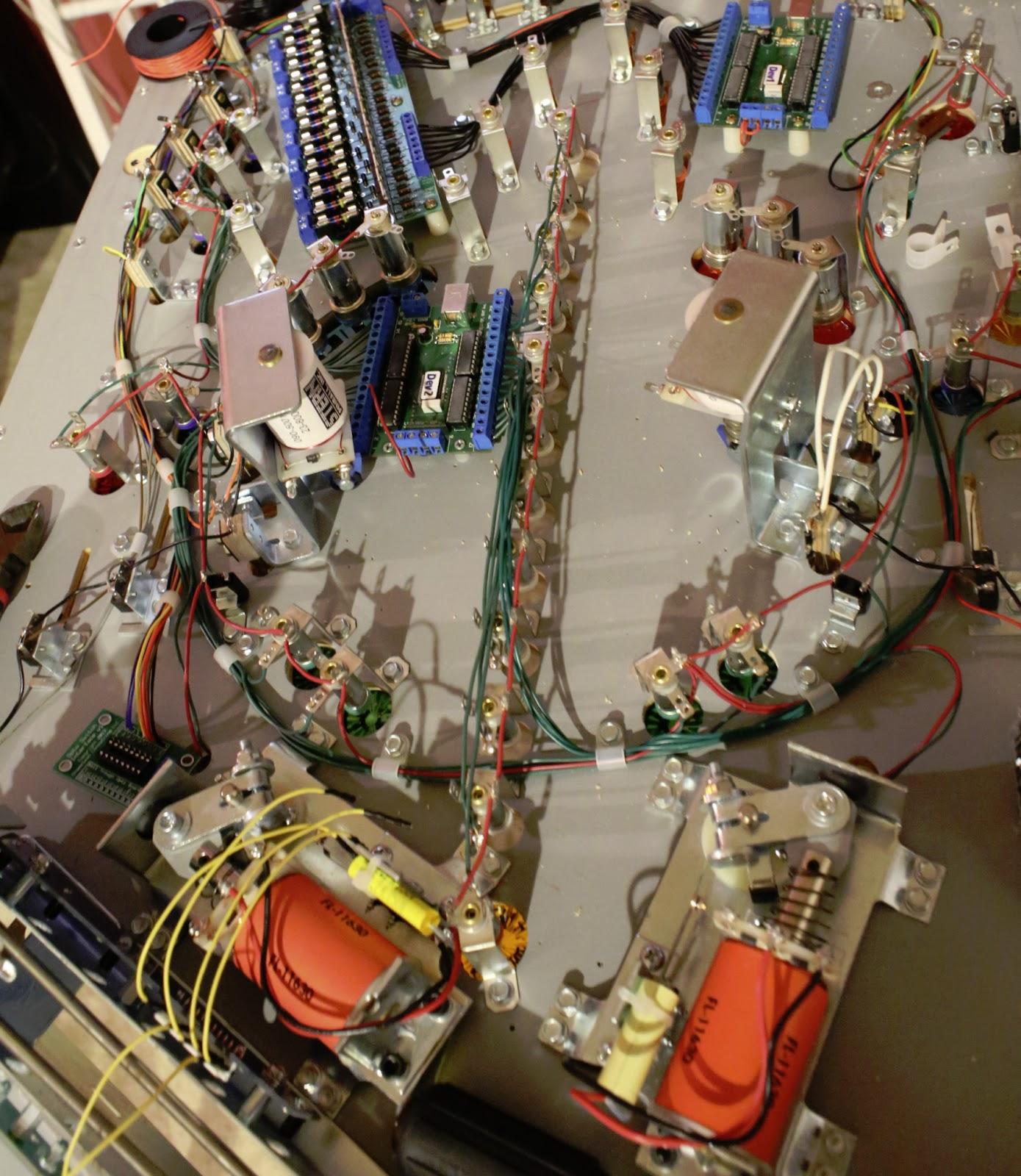 pinball chameleon s guide to diy pinball machine construction the modern firepower pinball