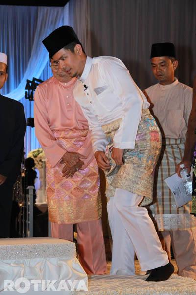 ::Pernikahan Scha dan Awal::