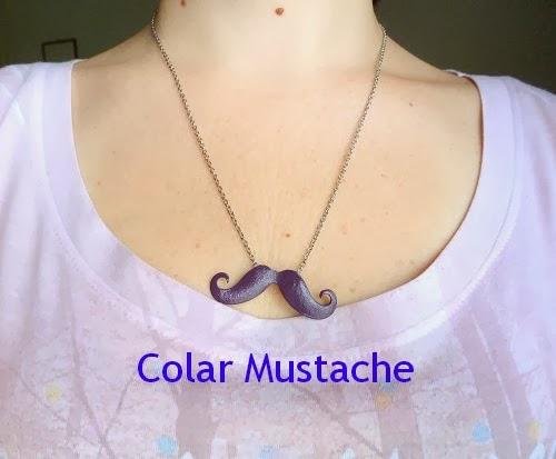 Colar Mustache
