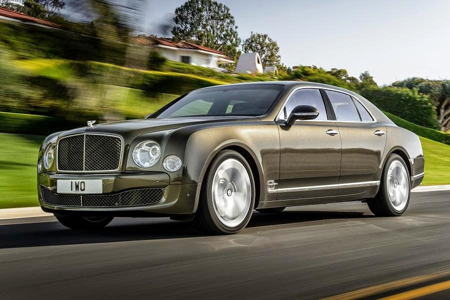 Bentley Mulsanne Speed (2015) Front Side
