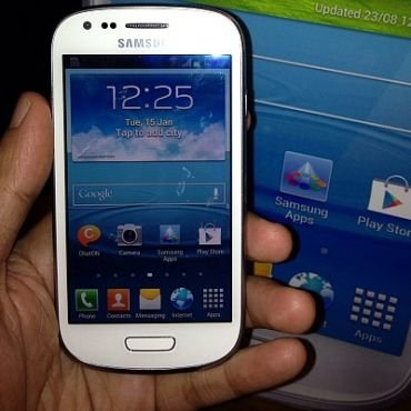 Harga dan Spesifikasi Samsung Galaxy S III mini Terbaru