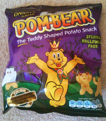 pickled onion pom bear crisps