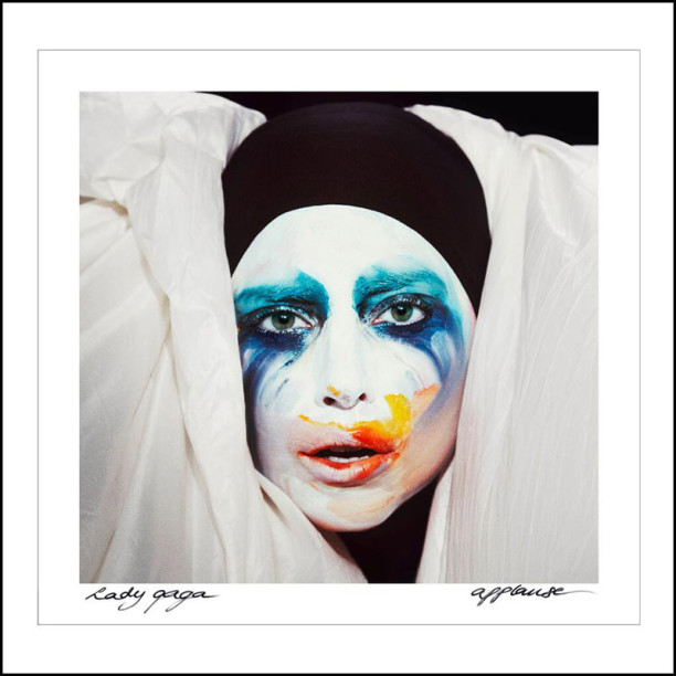 Lady Gaga - Applause - copertina traduzione testo video download