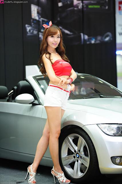 5 Heo Jung Hyun - Seoul Auto Salon 2012-Very cute asian girl - girlcute4u.blogspot.com