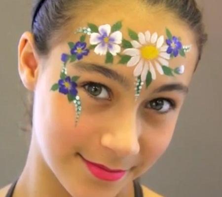 MuyVariado.com: Caritas Pintadas, Niñas, Diseño Flores
