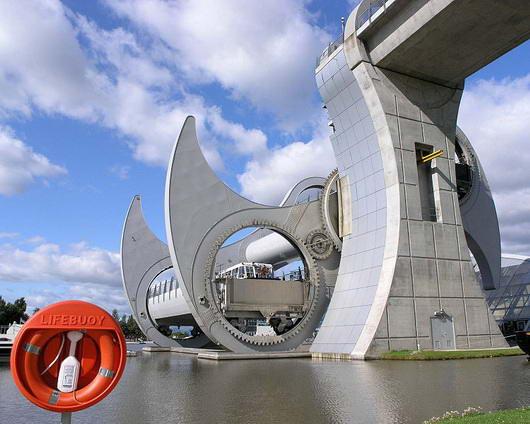Roda Falkrik, Satu-Satunya Lift Putar Untuk Pengangkutan Kapal Laut di Dunia|bambang-gene.blogspot.com