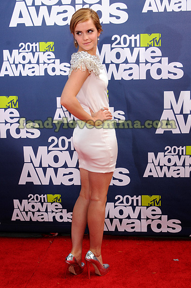 emma watson mtv movie awards pics. emma watson mtv movie awards