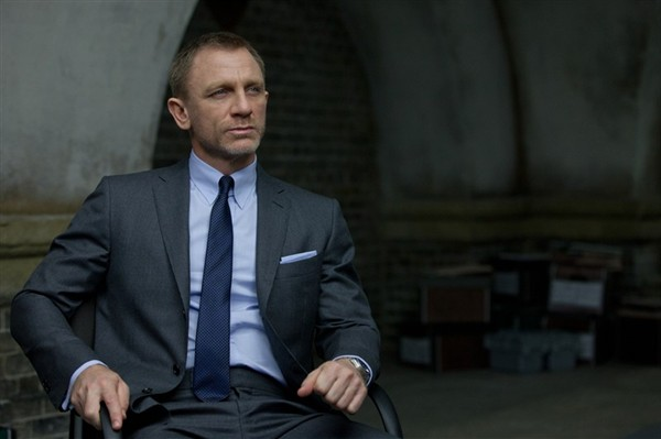 "FOXHUNT MENSWEAR: Daniel Craig wear Tom Ford in ""Skyfall"""