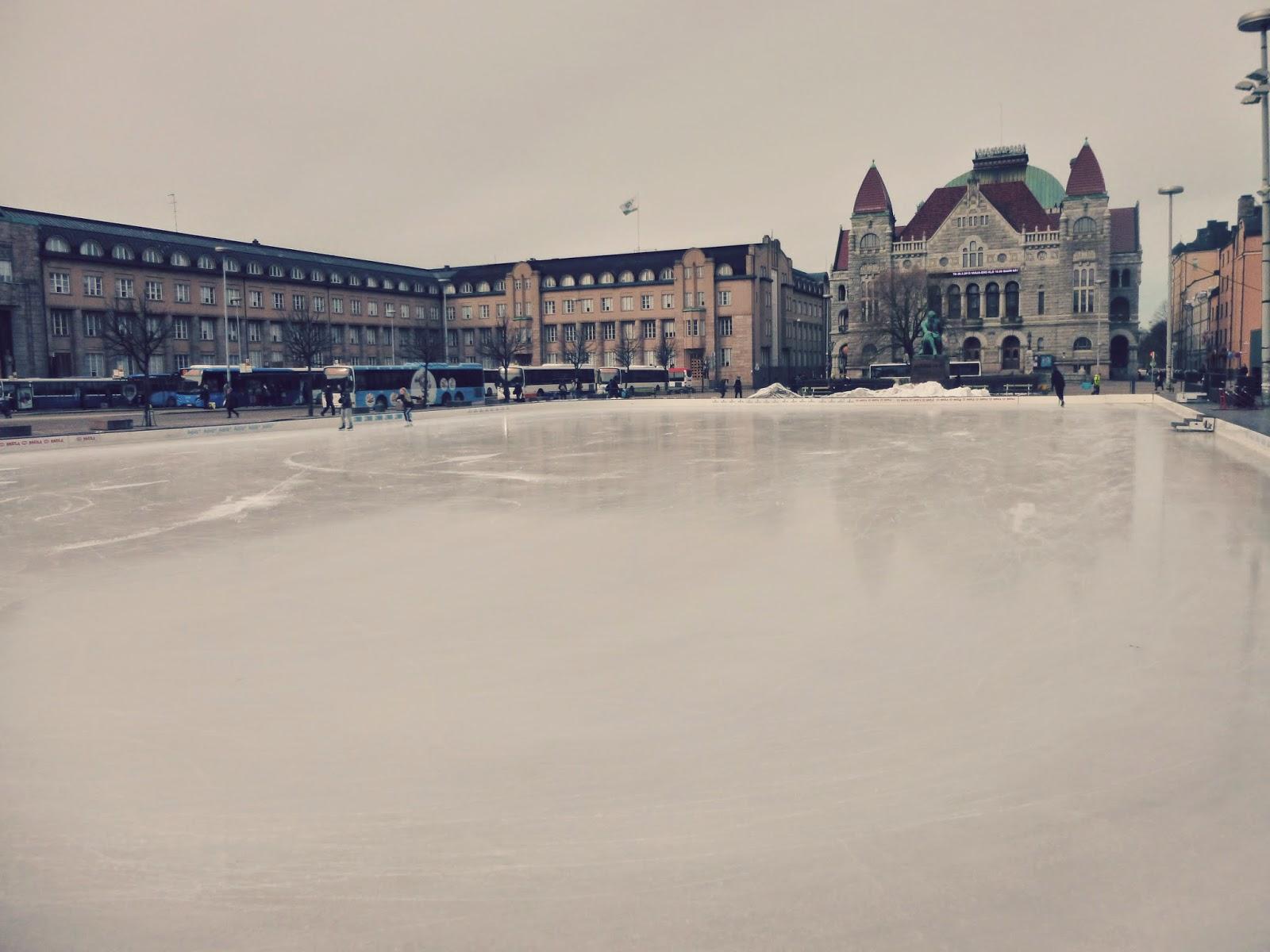 ice skating helsinki