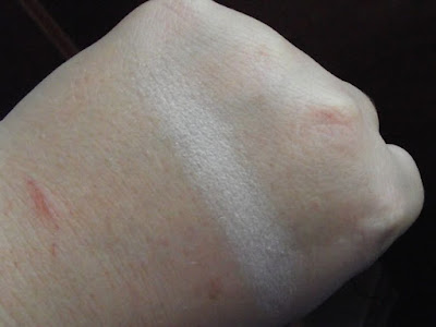 Wet n Wild Single Eyeshadow Sugar Swatch