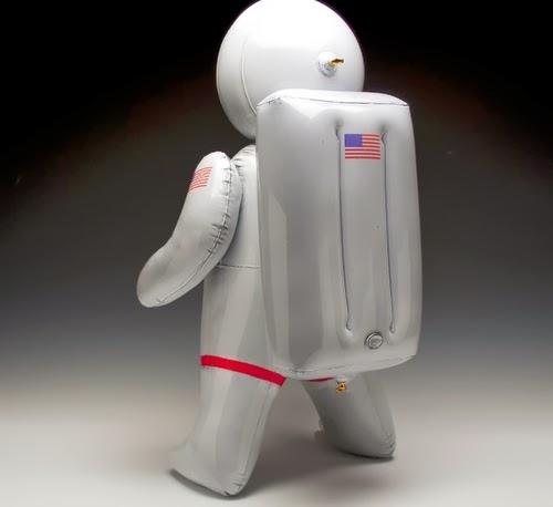 03-Inflatable-Ceramics-Jurassic-Park-Brett-Kern-www-designstack-co