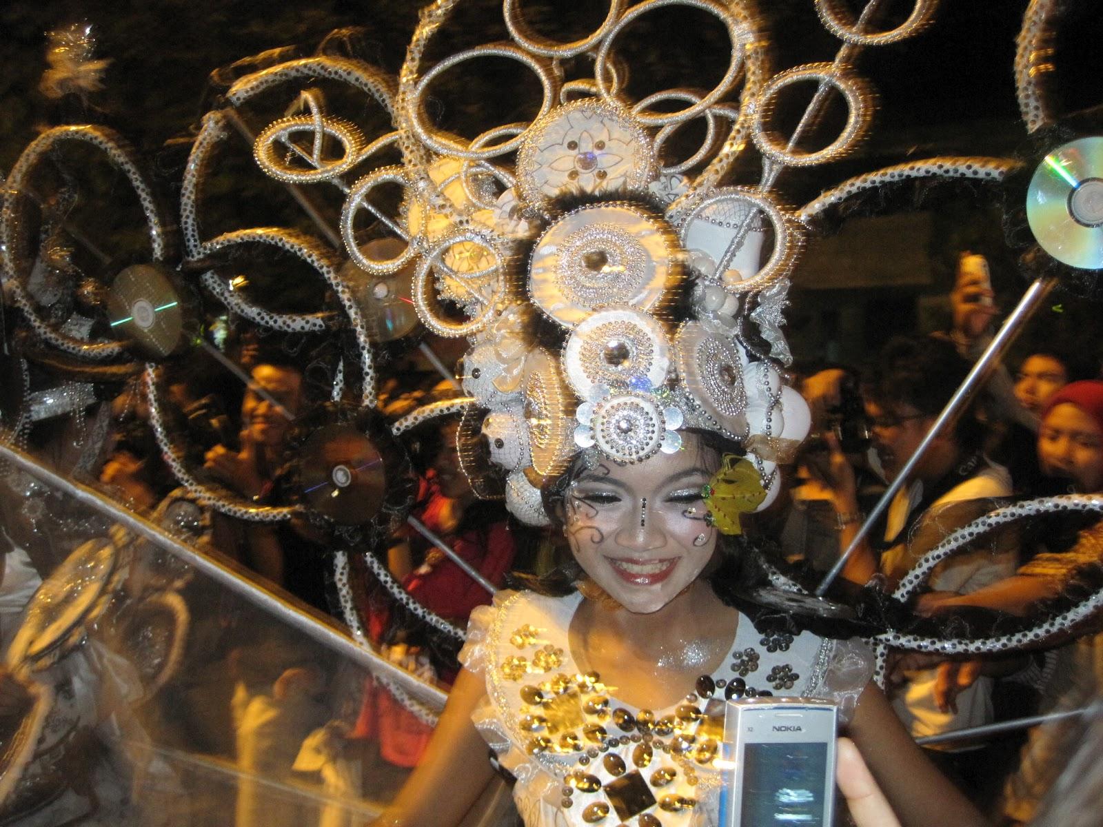 Solo Batik Carnival 2012 Berlangsung Meriah