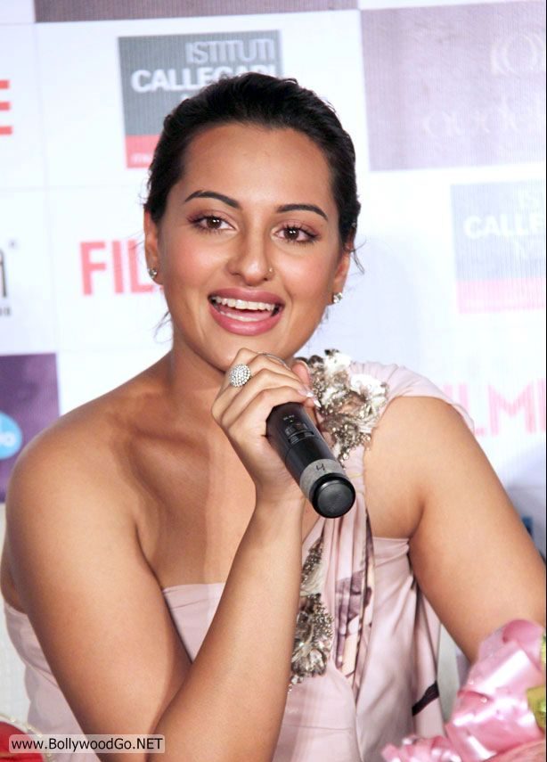 Bollywood Desi Schauspielerin Privat Sex Video Sonakshi Sinha