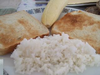 karbohidrat nasi dan roti