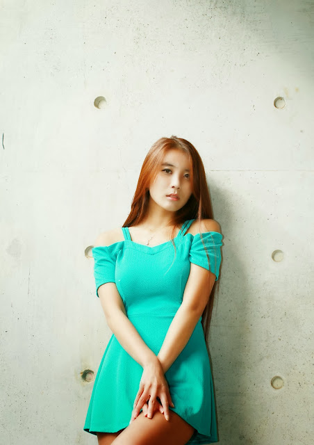 3 Cha Jung Ah outside in an aqua mini dress-Very cute asian girl - girlcute4u.blogspot.com