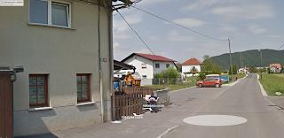 https://maps.google.com/maps?q=Ka%C5%A1eljska+cesta,+Ljubljana,+Slovenija&hl=sl&ie=UTF8&ll=46.051627,14.606194&spn=0.012837,0.033023&sll=46.065838,14.524737&sspn=0.006447,0.016512&oq=ka%C5%A1eljska+cesta&geocode=FeK2vgIdSNTeAA&hnear=Ka%C5%A1eljska+cesta,+Slovenija&t=m&z=16&layer=c&cbll=46.051596,14.606077&panoid=Dzj8kurIOtriV2qAcvr-sQ&cbp=12,39.03,,1,11.29