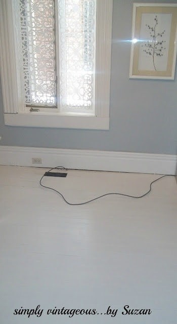 paintied floor, white, polyurethane, behr,