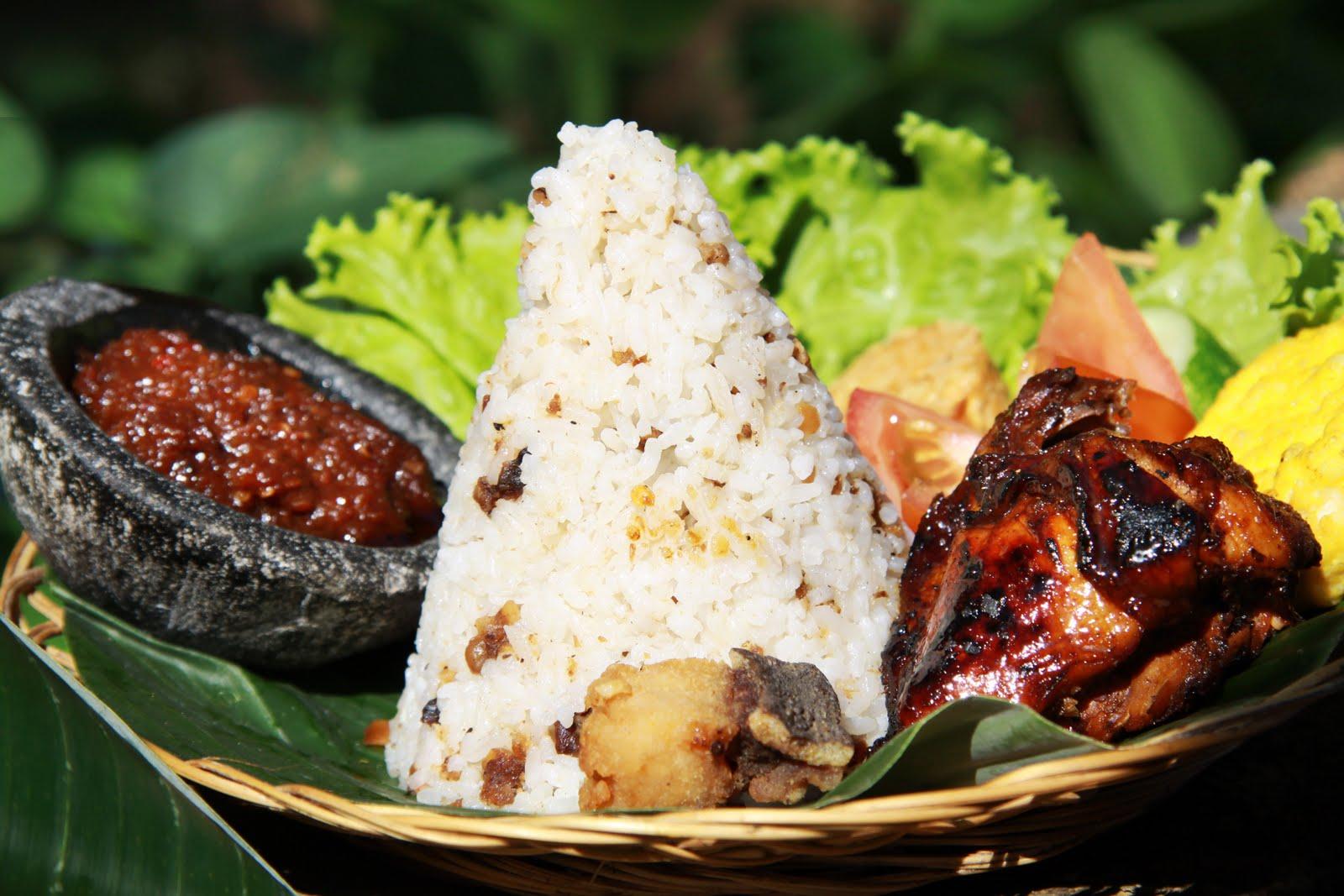 Hasil gambar untuk nasi tutug oncom tasikmalaya
