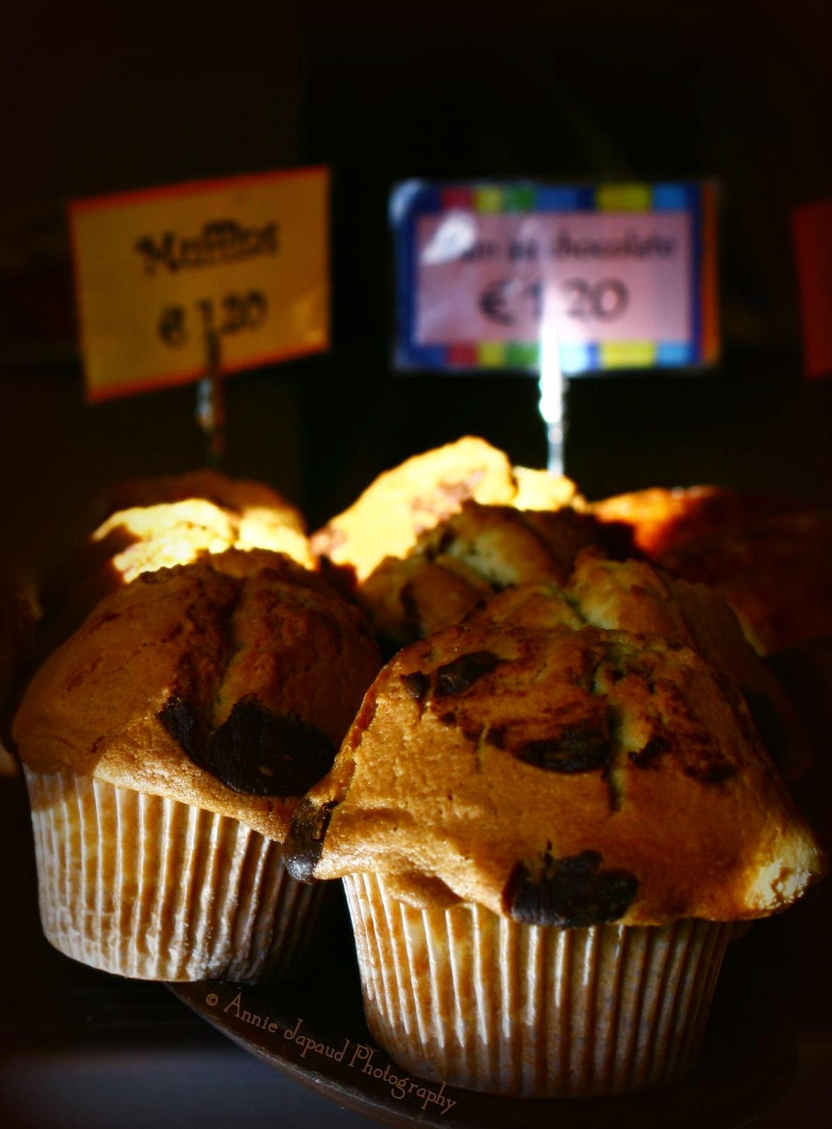 photo of chocolate chip muffins