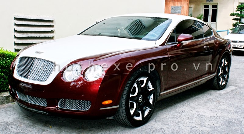 Cho thuê xe VIP Bentley Continental GT Đỏ mận