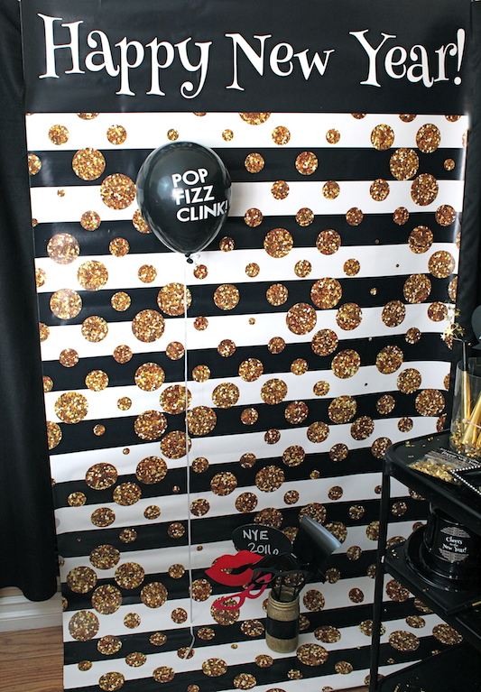 fun chalkboard photo booth props were set out in a glittery mason jar by just add glitter by marla the guests loved writing their own messages on the