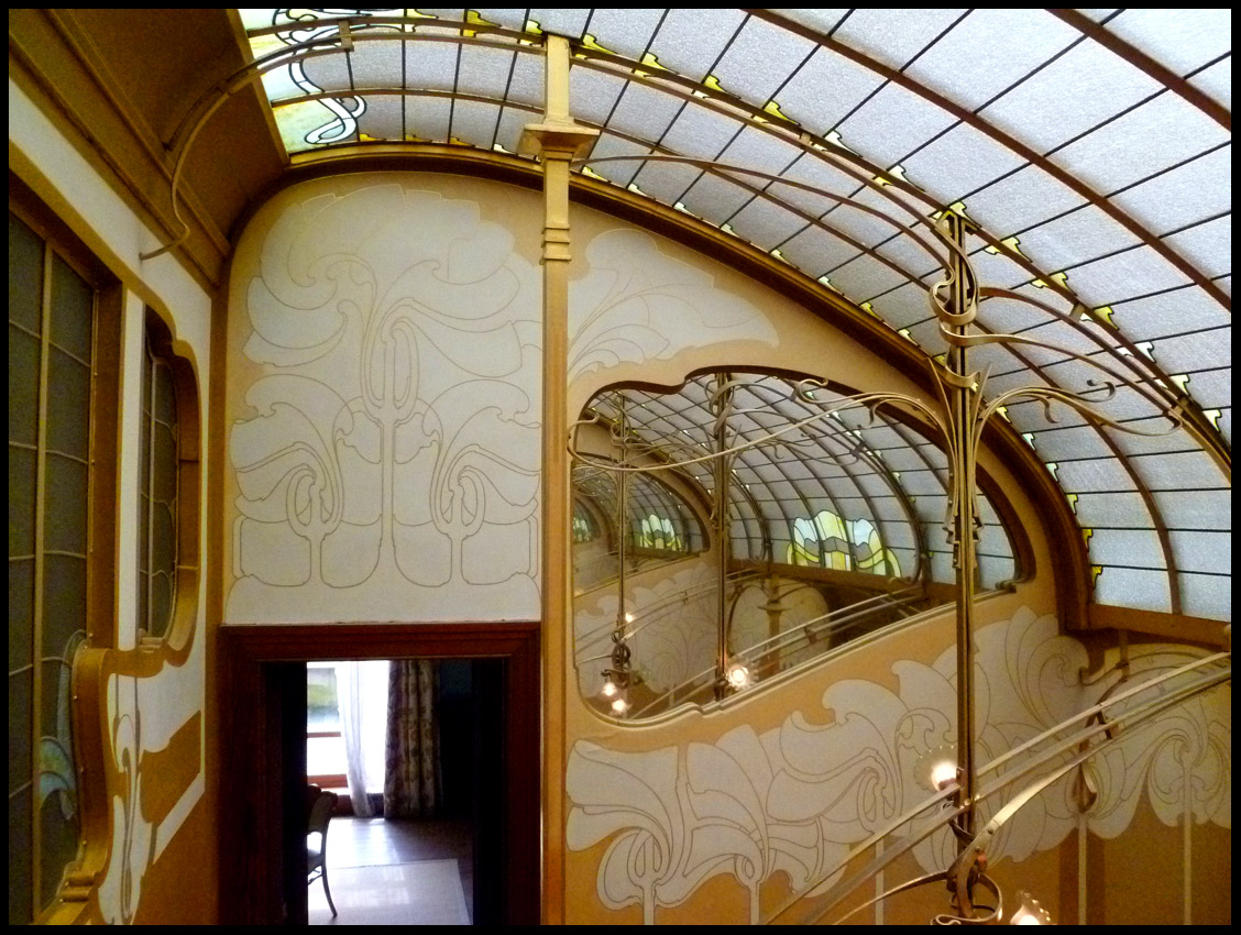 Phil beard mus e horta for Art nouveau fenetre