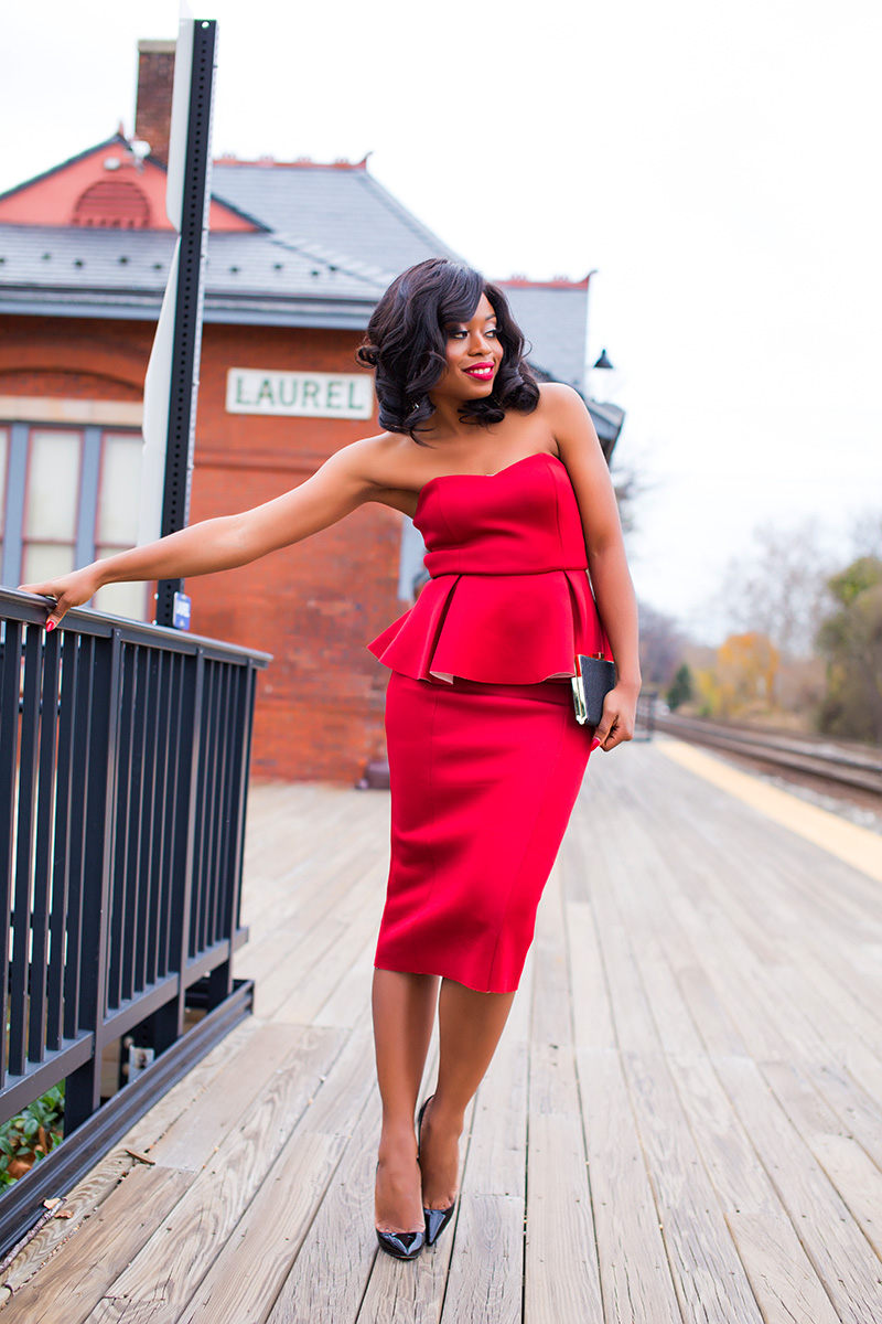 red peplum dress for holiday party, www.jadore-fashion.com