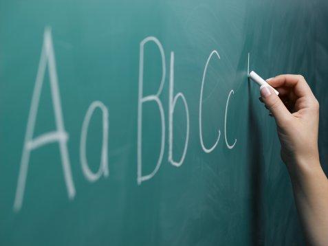 Ambil Pil Khayal Ketika Cikgu Mengajar