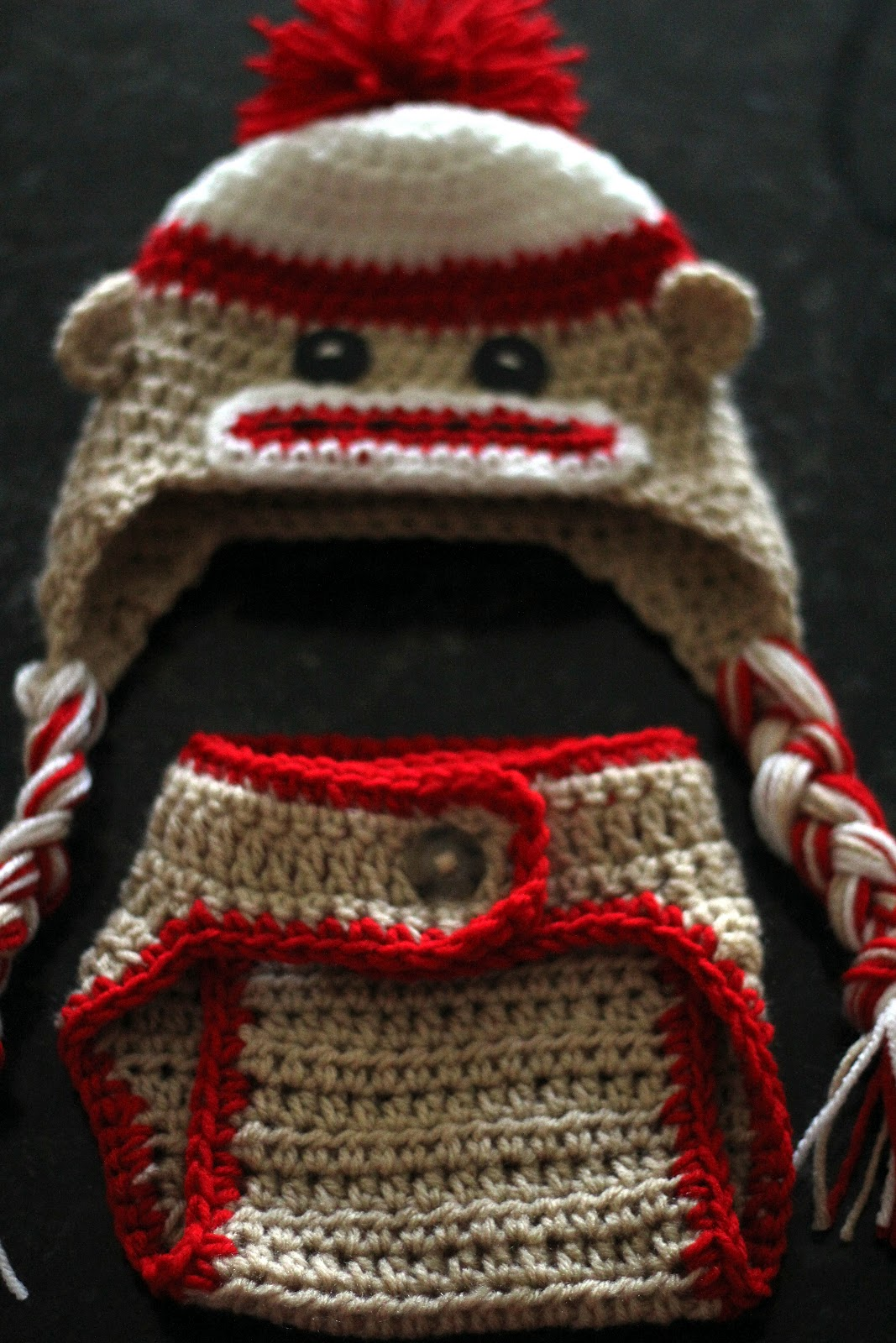 Priscillas: Sock monkey baby hat and diaper cover....